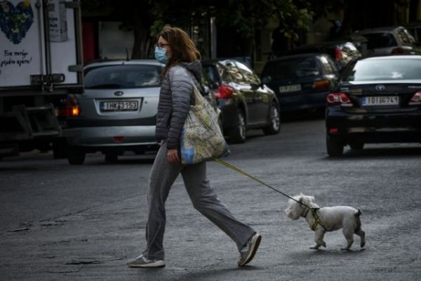 Κοροναϊός : Πρώτη μέρα lockdown, αλλά και 2.556 νέα κρούσματα – Τι λένε οι ειδικοί 7
