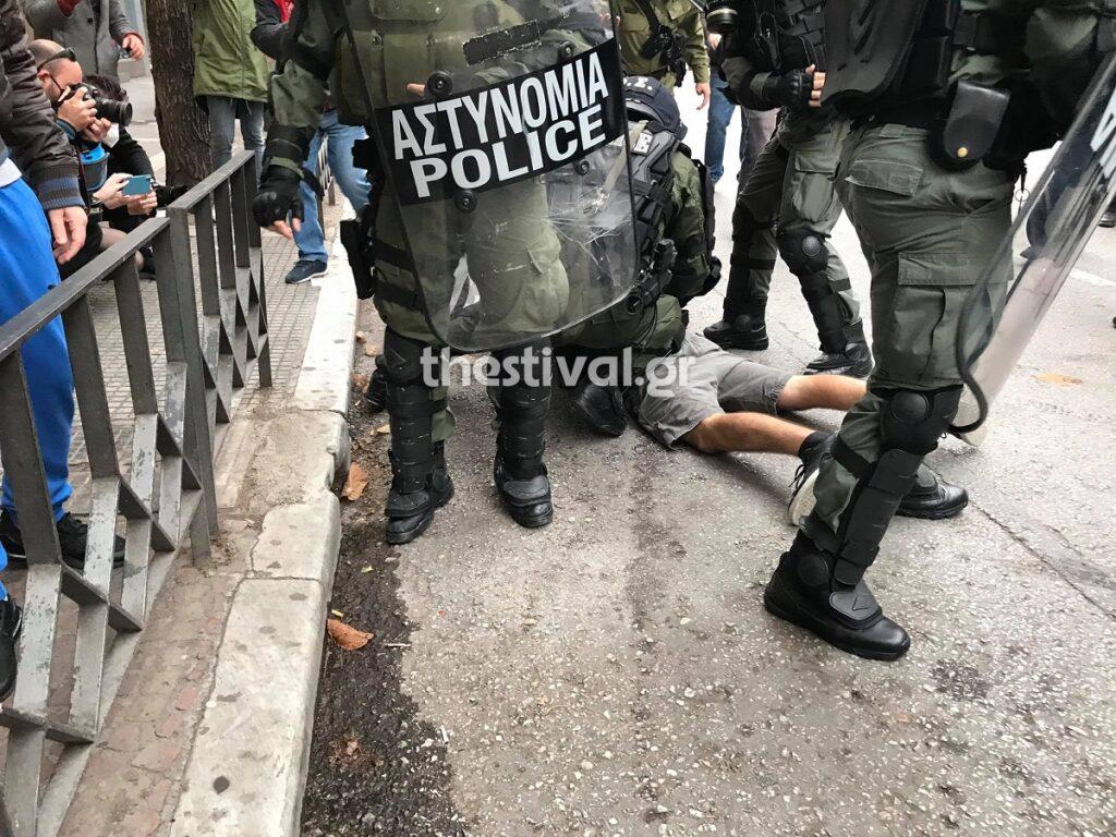 Πολυτεχνείο: Σοβαρά επεισόδια και στη Θεσσαλονίκη 1